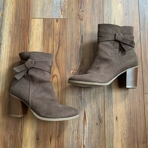 American Eagle Brown Heeled Booties Size 10W